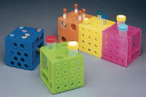 Four-way cube racks for microtubes and test tubes